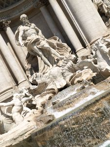 Free Trevi S Fountain In Rome Stock Image - 5192181