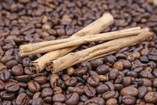 Free Cinnamon And Coffee Stock Images - 5193974