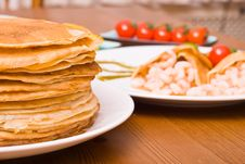 Free Pancakes With Shrimps Stock Image - 5194161