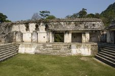 Free Courtyard Detail Of Castle At Palenque Royalty Free Stock Photography - 5197077