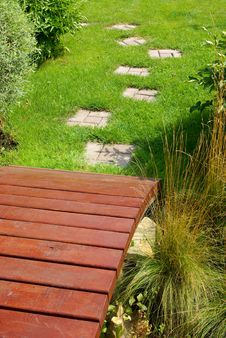 Free Garden Stone Path Royalty Free Stock Photography - 5197537
