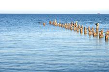 Free Broken Pier Stock Image - 5197921