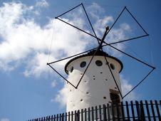 Free Windmill Royalty Free Stock Photos - 5199528