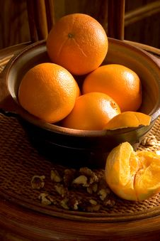 Oranges In A Bowl Royalty Free Stock Images