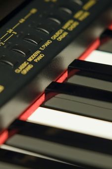 Free Piano Keys Royalty Free Stock Photography - 523637