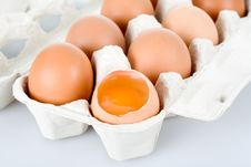Free Brown Eggs, Isolated Royalty Free Stock Image - 5202276