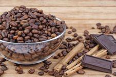 Coffee, Cinnamon And Chocolate Royalty Free Stock Photos