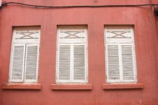 Free Colonial Style Windows Stock Photography - 5205472