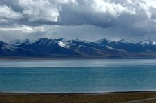 Free The Saint Lake Namtso Royalty Free Stock Image - 5206526