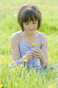 Free Child Sitting In Field2740 Stock Photography - 5208242