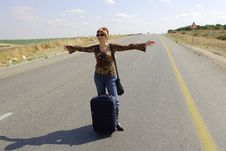 Free Hitchhiking Woman Royalty Free Stock Photos - 5208708
