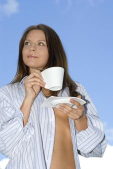 Free Young Woman Relaxing, Drinking Coffee Royalty Free Stock Photos - 5216688