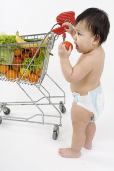 Free Baby Pushes A Shopping Cart Royalty Free Stock Photos - 5217208