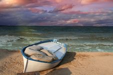 Free Boat On The Beach Stock Photography - 5217882