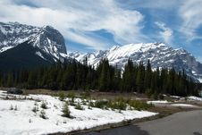 Free Scenery In Canadian Rockies Royalty Free Stock Photo - 5218775