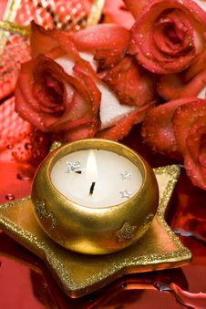 Free Golden Candle With Red Roses Stock Image - 5219321