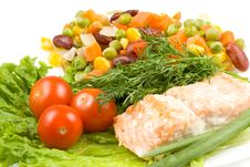 Free Stake From A Salmon With Vegetables Royalty Free Stock Photos - 5220218