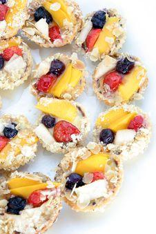 Free Fruit Tarlet Cake Stock Photography - 5222422