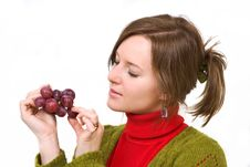 Free Grapes In The Palm Royalty Free Stock Image - 5224596