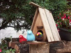 Free Birds House Royalty Free Stock Images - 5224819