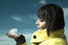 Free Girl With An Ice In A Hand Stock Photos - 5225043