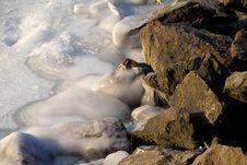 Free Frozen Rock Royalty Free Stock Photos - 5225318