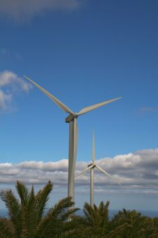 Free Wind Turbines Royalty Free Stock Photos - 5226258