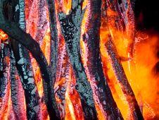 Free Burning Wood Royalty Free Stock Photography - 5226477