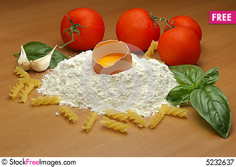 Free Pasta Ingredients Royalty Free Stock Photography - 5232637