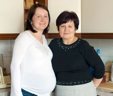 Free Mother And Pregnant Daughter Stock Images - 5230134