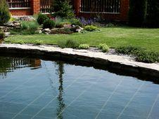 Free Lake In Garden Stock Image - 5231671