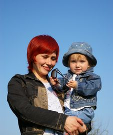 Free Little Girl And Her Mum Stock Photo - 5232270