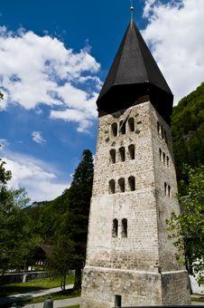 Free Romanic Church; Meiringen Royalty Free Stock Photos - 5232288
