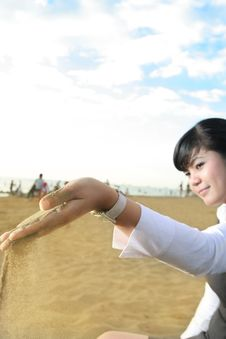 Free Business Woman With Beach Sand Royalty Free Stock Photos - 5233708