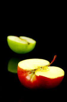 Free Apple  Halves Royalty Free Stock Image - 5234646