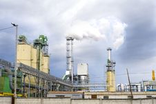 Free Chemical Plant Royalty Free Stock Photography - 5241977