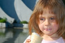 Free Girl Eating Ice-cream Outdoors Stock Photo - 5246290
