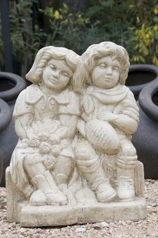 Statue Of Boy And Girl Royalty Free Stock Photo