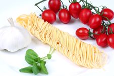 Free Spaghetti Ingredients Royalty Free Stock Image - 5249616