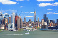 Free The Mid-town Manhattan Skyline Royalty Free Stock Images - 5258129