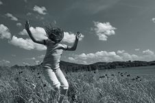 Free Jumping Girl Stock Photography - 5250452