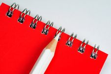 Free Pencil And Notebook Royalty Free Stock Images - 5250909
