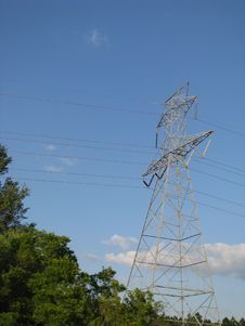 Free Power Transmission Tower Stock Photo - 5253940