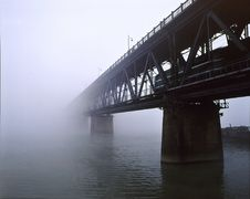 Free Qianjiang Bridge Royalty Free Stock Image - 5258916