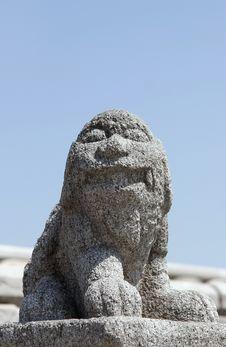 Free Ancient Stone Leo Royalty Free Stock Photography - 5261187