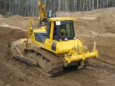 Bulldozer At Work Royalty Free Stock Photos