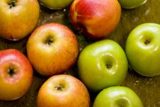 Free Apples Background Royalty Free Stock Photo - 5262375