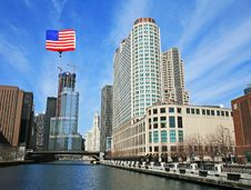 Free The High-rise Buildings In Chicago Royalty Free Stock Images - 5265869