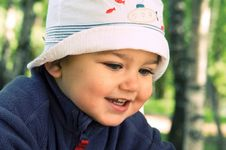 Free Happy Boy In A Hat Royalty Free Stock Image - 5266676