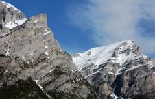 Free Mountain Peaks Royalty Free Stock Photography - 5267927